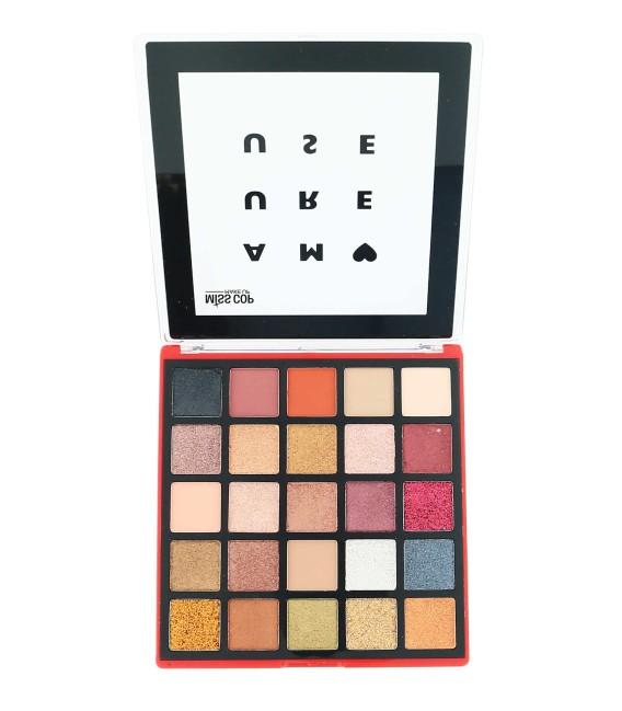 Amoureuse make up kit